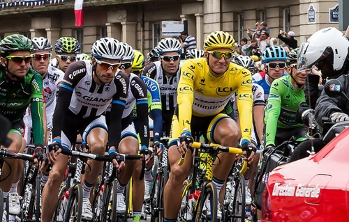 Marcel Kittel enjoys his day in yellow (CC licensed by alh1 via Flickr)