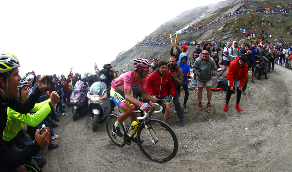 Alberto Contador on the Colle delle Finestre (Photo POOL GIRO)