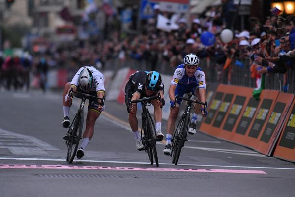 Michal Kwiatkowski wins Milan-Sanremo (LaPresse - D'Alberto, Ferrari)