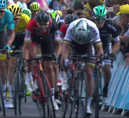 Sagan foot out