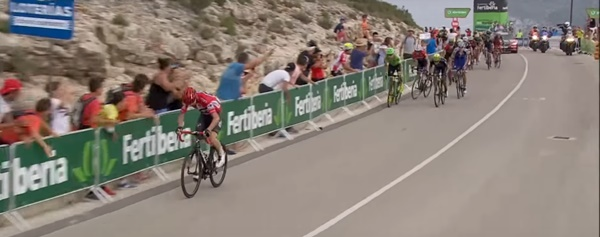 Froome stretches everyone (via YouTube)