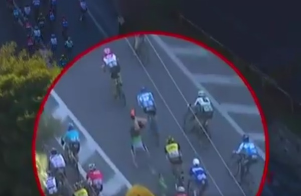 Cavendish crash (via Twitter)
